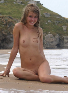 Beach Nudist Gallery